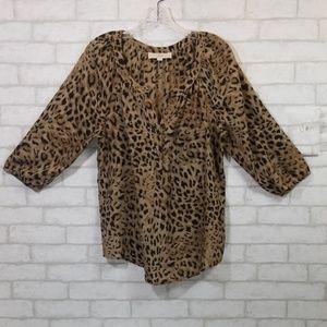 Ann taylor loft animal print blouse size L